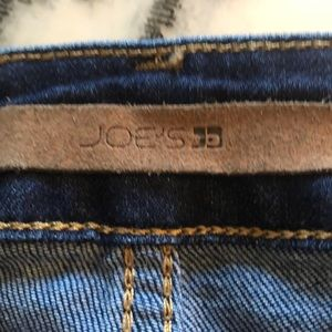 Size 32 iconic skinny ankle Joes Jeans ( B303ut2)